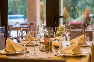 bar restaurants de saint germain sur ay
